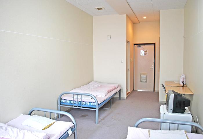 宿泊施設内にはマンガもありますので、暇つぶしに活用してください☆