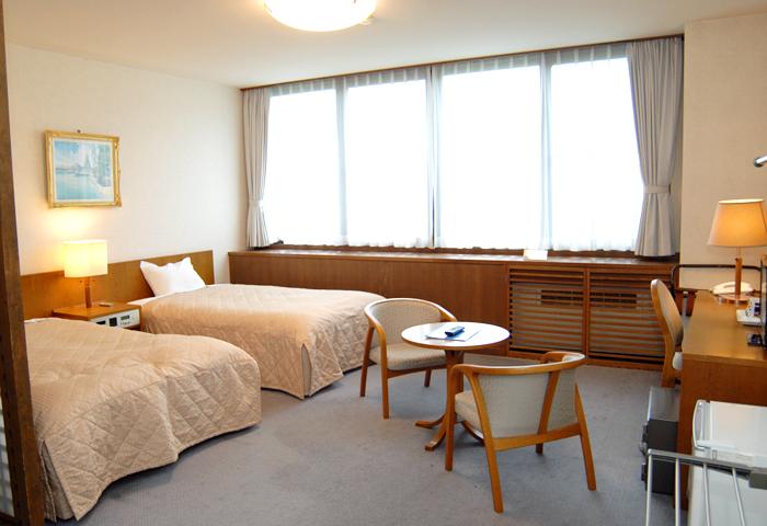 和室タイプのお部屋になります。相部屋やトリプルでご使用頂きます。